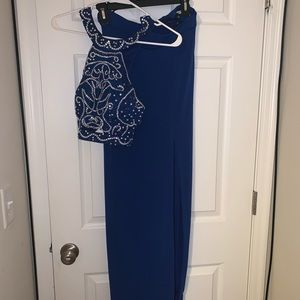Dresses & Skirts - Two pieces set